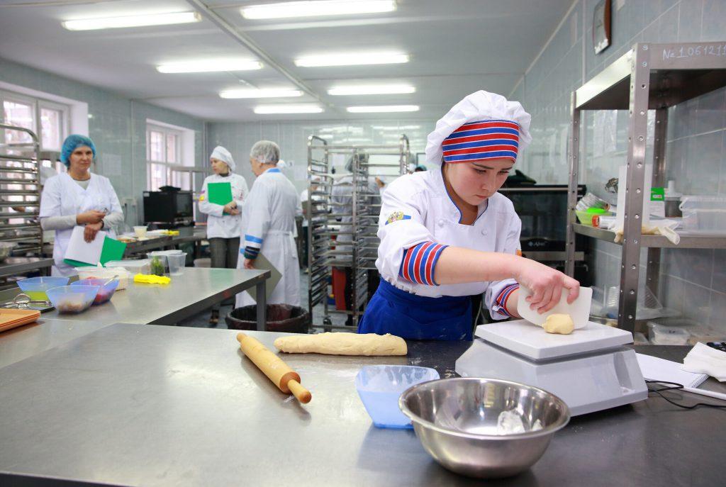Компетенции «Ресторанный сервис», «Поварское дело и «Кондитерское дело.
