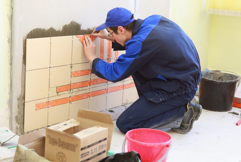Компетенции «Облицовка плиткой», «Кирпичная кладка» и «Сухое строительство и штукатурные работы», «Малярные и декоративные работы»