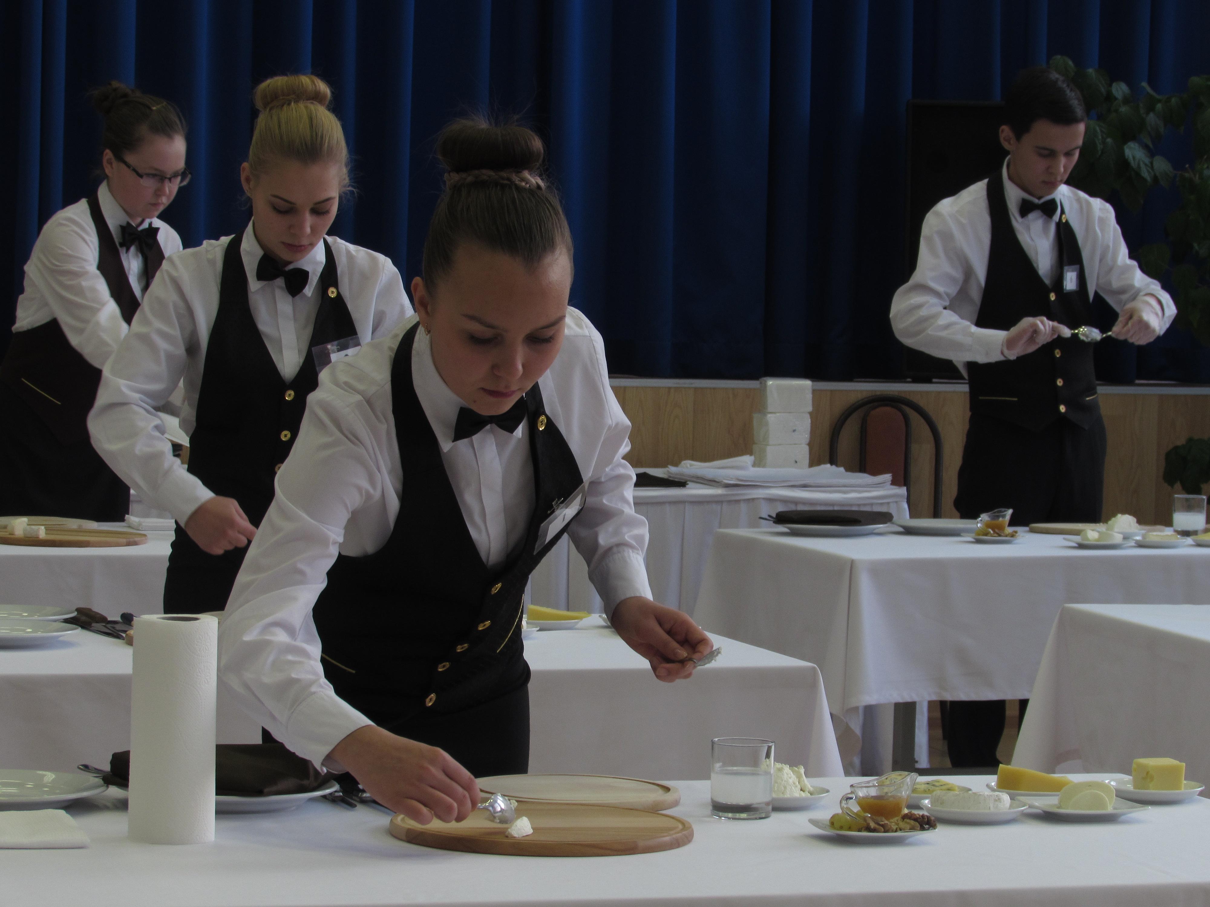Чебоксарский техникум технологии питания и коммерции получил статус Специализированного центра компетенций, аккредитованного по стандартам WorldSkills, по компетенции «Ресторанный сервис».