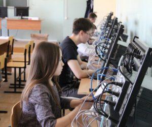 Демонстрационный экзамен в Чувашии продолжается для будущих специалистов IT-отрасли