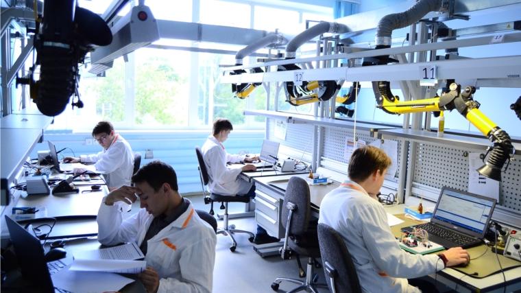 Студенты МЦК-ЧЭМК сдают дэмоэкзамен по стандартам Worldskills